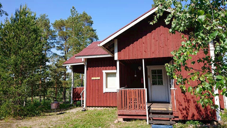 Stormälö stugby ligger avsides, vilket Jenny Johansson ser som en positiv sak. Foto: Privat